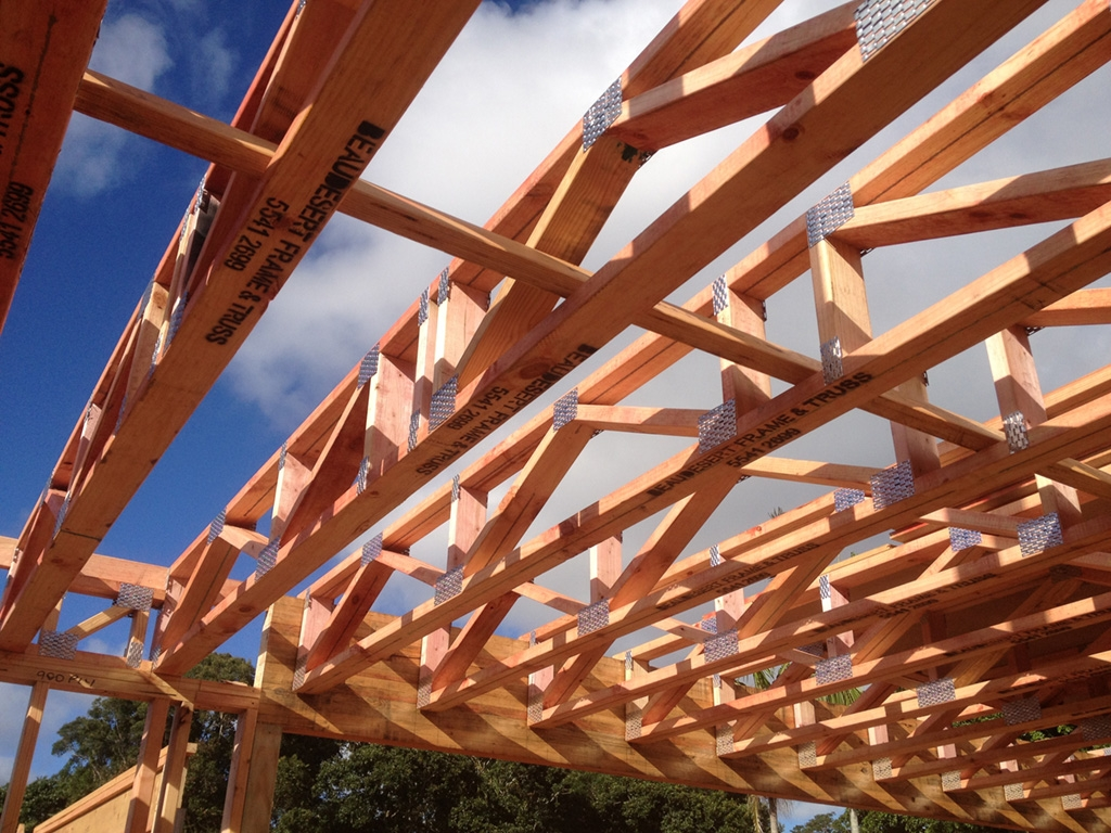 Prefabricated floor trusses brisbane beaudesert frame for Manufactured roof trusses